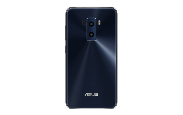 Zenfone 3, Asus distribuisce Android 7 Nougat