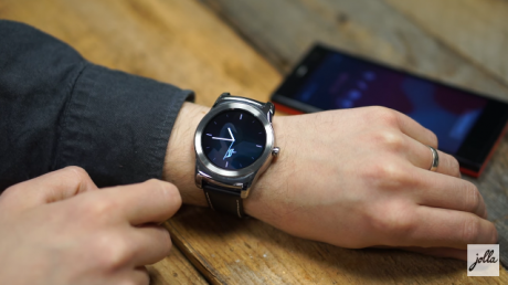 Jolla Sailfish OS smartwatch