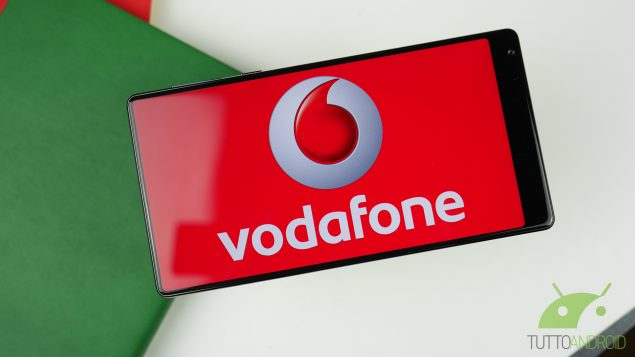 Vodafone: la nuova Christmas Card per giga in 4G