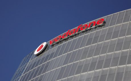 Vodafone starebbe preparando gli addetti alle vendite per il