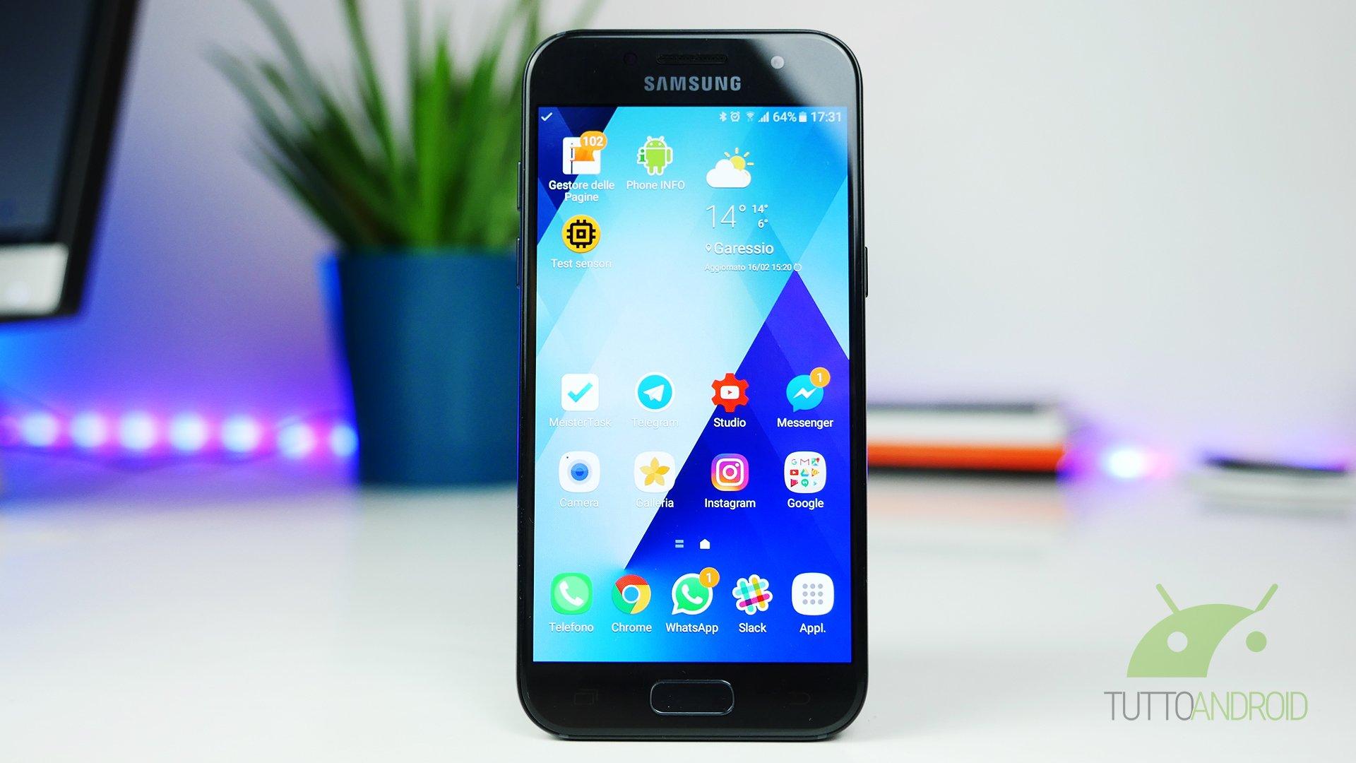 Recensione Samsung Galaxy A3 2017: piccolo ed equilibrato