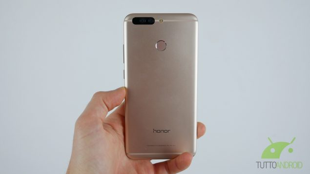 Honor V9 back