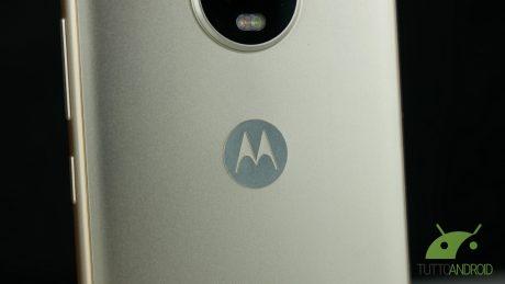 Lenovo Moto G5 logo motorola