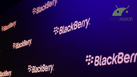 Un'immagine svela BlackBerry KEY2 Lite mentre KEY2 si aggior
