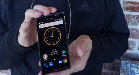 McAfee al lavoro su uno smartphone super sicuro