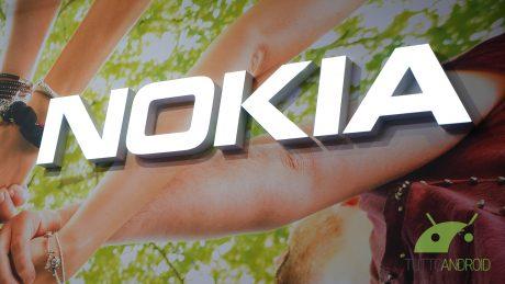 Le specifiche tecniche di Nokia 9 e Lenovo Moto Z2 Play confermate da GFXBench e GeekBench