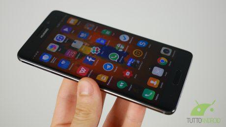 Huawei Mate 9 e Mate 9 Pro si aggiornano in Cina con Face Un