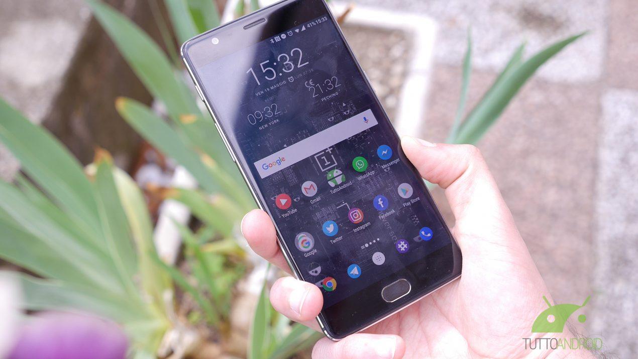 OnePlus 5T è sold out in tutta Europa: è stato lo smartphone più venduto dell'azienda