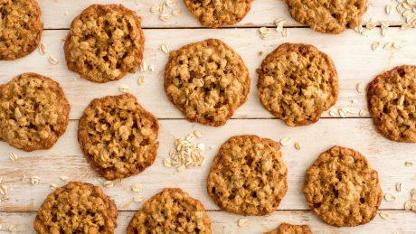 Oatmeal Cookies e1498060352242