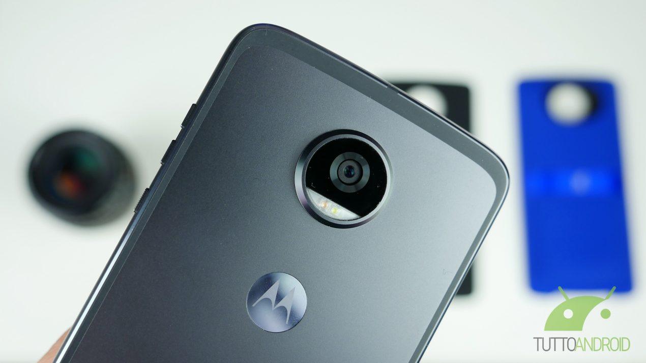 Evento Motorola fissato il 25 luglio: Moto Z2 Force in arrivo?