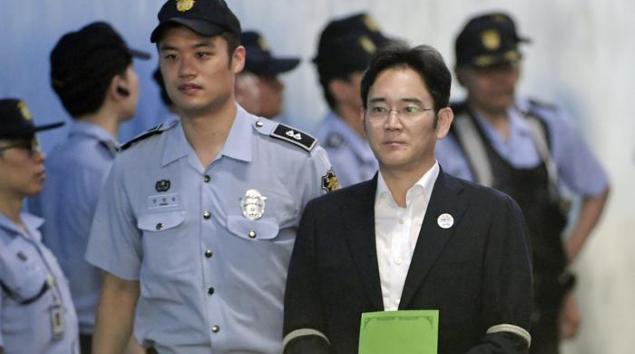 Sudcorea, 12 anni carcere erede Samsung