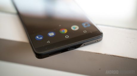 Essential phone hands on 72 hours later 4 of 23 840x472