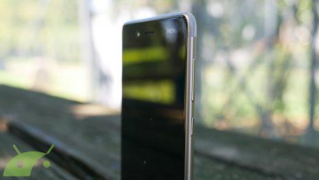 Nokia 8 bordo