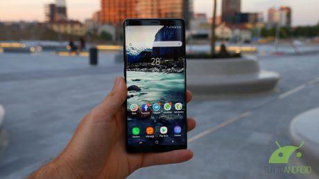 Samsung Galaxy Note 8 resistente ad acqua e cadute? Ovvio e