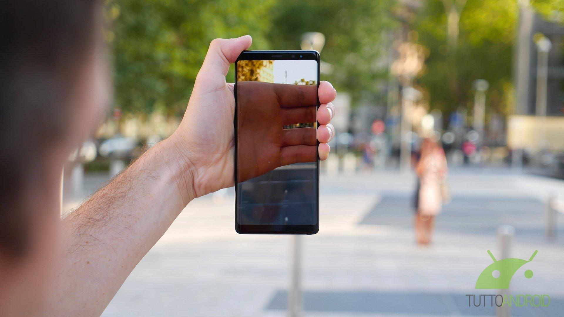 5d7c5417f4c6 A un mese dal lancio Samsung Galaxy Note 8 ha già l'1% di quote del mercato