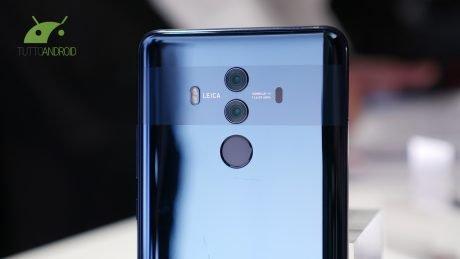 Huawei Mate 10 favorirà il sorpasso di Huawei a Apple, mentre negli USA Galaxy S8 è molto apprezzato