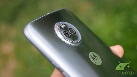 Motorola moto X4 7