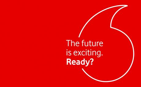 Vodafone aumenta il costo delle offerte e annuncia il ritorno alla fatturazione mensile