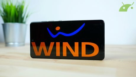 Wind Smart 9 Easy 15: chiamate illimitate e 15 Giga a 9 euro