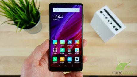 Gli smartphone Xiaomi starebbero arrivando anche da Carrefour