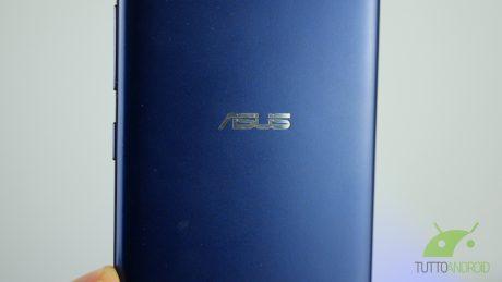 Asus zenfone 4 max 9