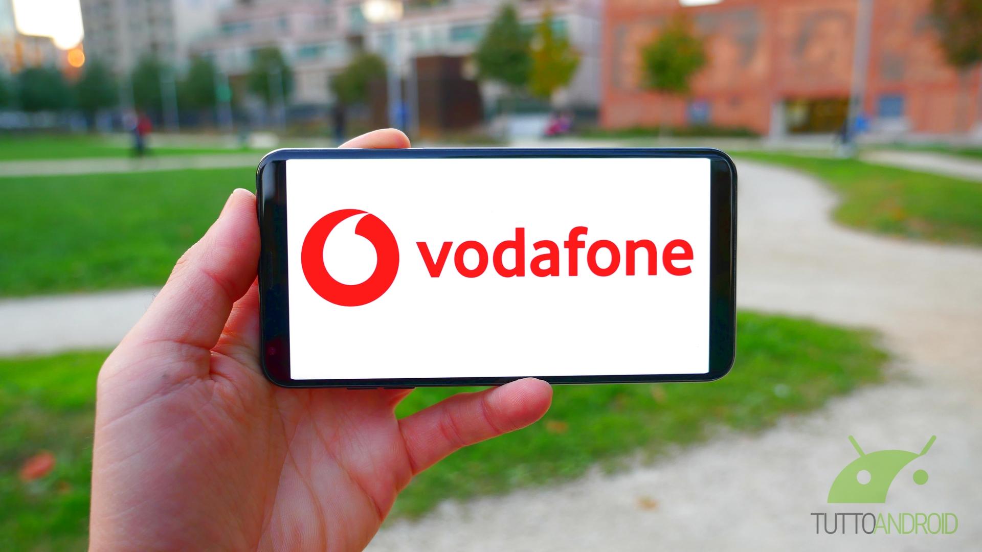 Vodafone dichiara guerra a Iliad e MVNO abbassando i costi d