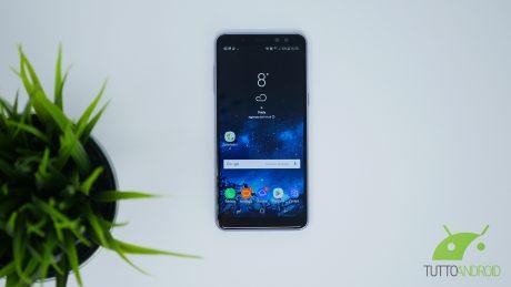 Samsung galaxy a8 2018 copertina
