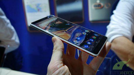 Nokia 7 Plus, 8 Sirocco e 6 (2018): info su DT2W, OIS, face