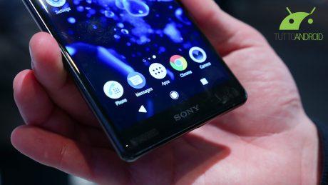 I Sony Xperia XZ2 e Xperia XZ2 Compact dual SIM avranno una soluzione ibrida