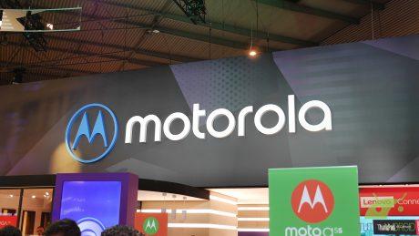 Il Motorola Moto Z3 Play e la 5G Moto Mod in nuove immagini