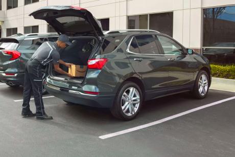 Amazon inzia a consegnare i pacchi nelle automobili negli US