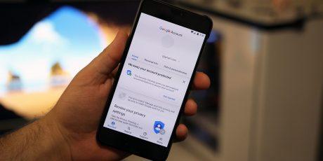 """L'ultima versione dei Google Play Services rivela il nuovo """"Material Design 2"""""""