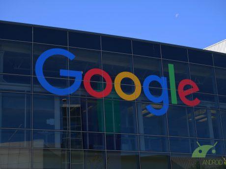 """Google vuole rendere più resistenti i dispositivi pieghevoli, Samsung """"gioca"""" con diverse forme del notch"""