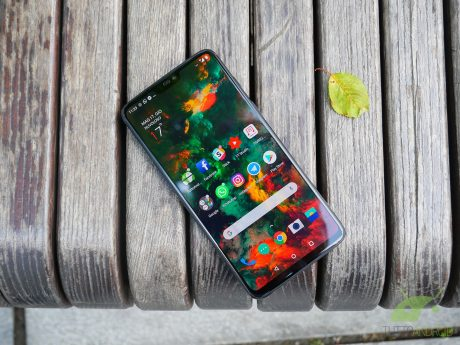 Niente ricarica wireless per OnePlus 6? Secondo OnePlus non