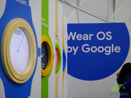 "Wear OS perde Google Feed e ""At a glance"" mostra gli orari d"
