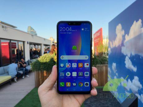 Huawei P Smart Plus ufficiale: notch, Kirin 710 e quattro fotocamere