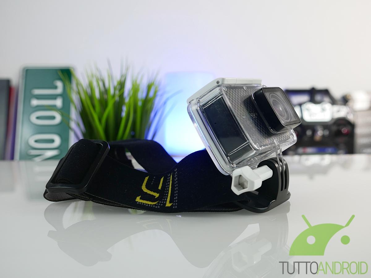 I 15 gadget tecnologici indispensabili per l estate in uno zaino ... 48a970fe278d