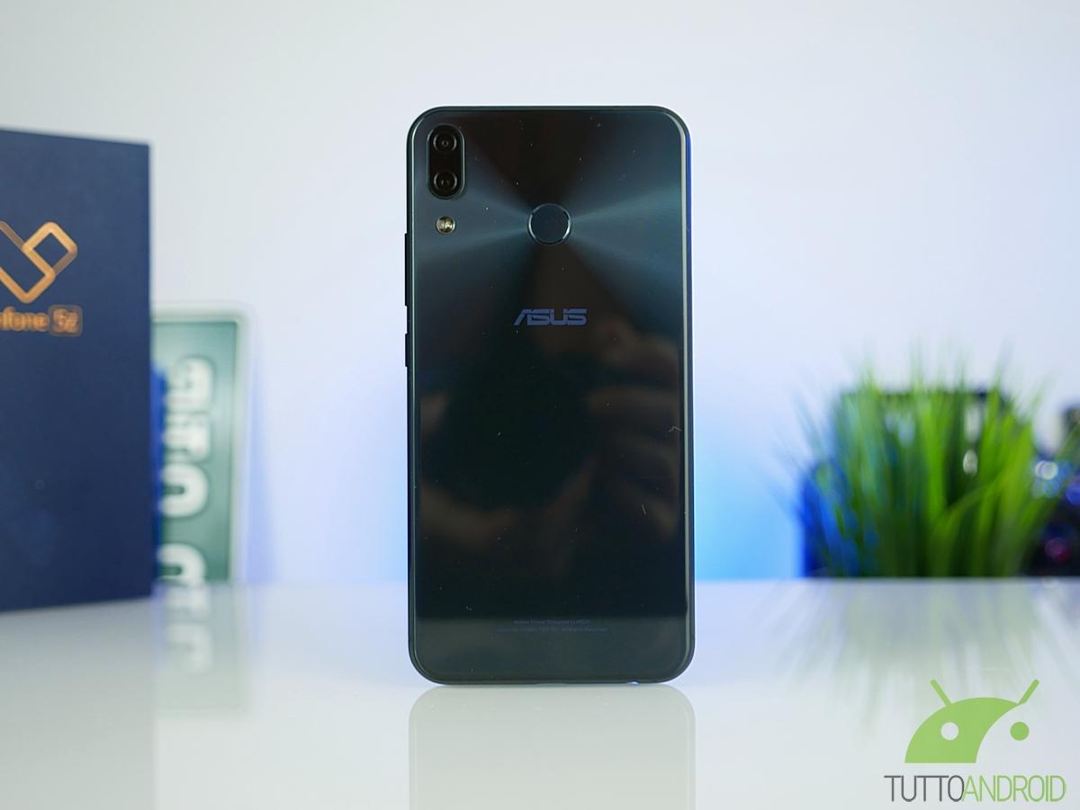 Preparate i vostri ASUS ZenFone 5Z, è arrivato un nuovo aggi