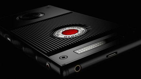 RED Hydrogen One in titanio: nuove foto rivelano il numero d