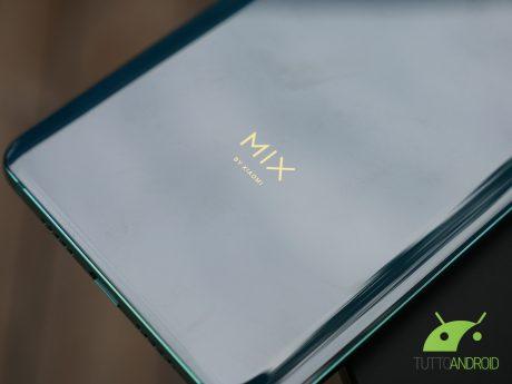 Xiaomi Mi Mix 3 può sopportare fino a 600 mila cicli di apertura e chiusura