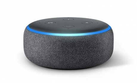 Alla ricerca di un regalo tech? Amazon Echo Dot è in offerta