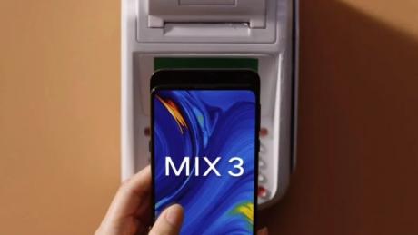 Xiaomi Mi MIX 3 avrà una ricarica wireless più rapida