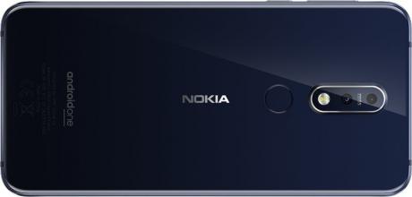 Nokia 7 1 design blue 1