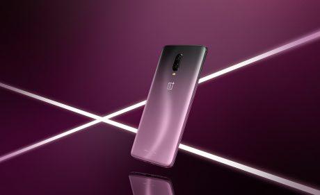 Ufficiale l'edizione limitata OnePlus 6TThunder Purple, in vendita dal 15 novembre