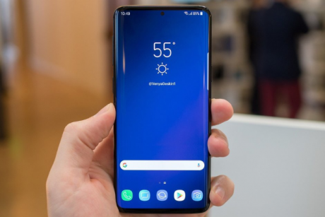 Samsung Galaxy S10 render cop