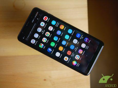 Samsung fa certificare Galaxy A7 2018 con Android 9 Pie e registra il marchio Tisplay