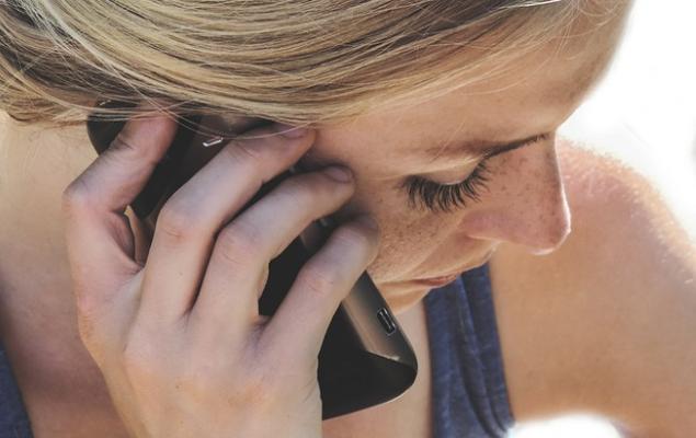 Scagionati i telefoni cellulari, non causano il tumore al cervello - Salute & Benessere