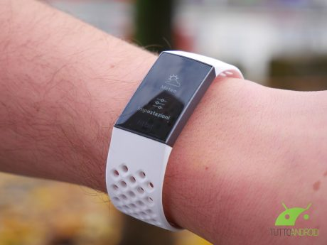 Recensione Fitbit Charge 3: quando il software fa la differenza
