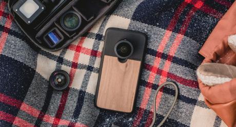 Le lenti per smartphone Moment disponibili per OnePlus 6 e O