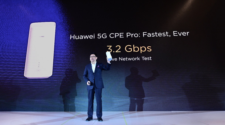 Huawei pronta a presentare il primo smarphone pieghevole 5G